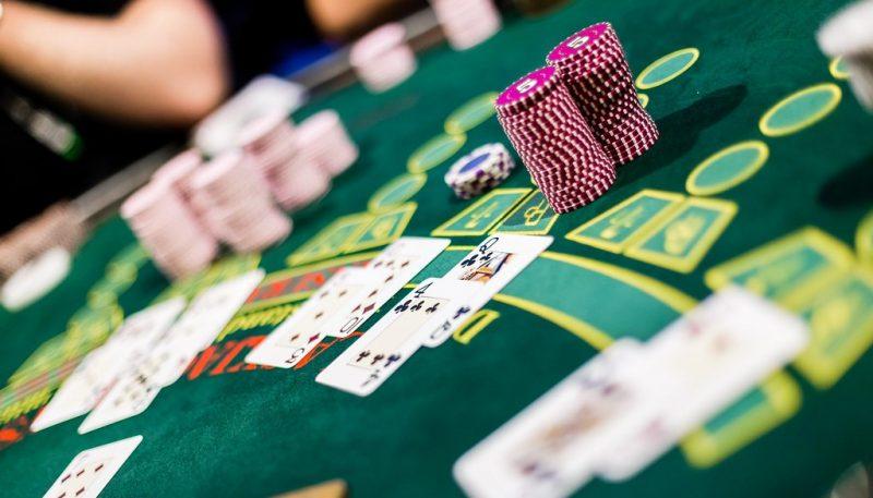 Texas Hold'em pelipöytä