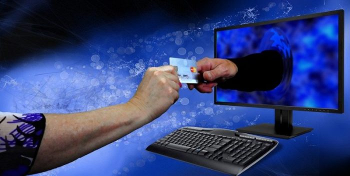 Luottokorttimaksu internetissä
